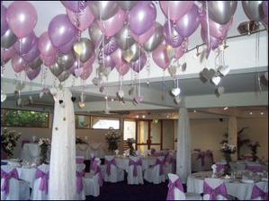 krááásná výzdoba s balónky