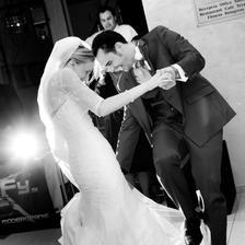 Tak takto sme sa zamotali pocas nasho prveho tanca :)