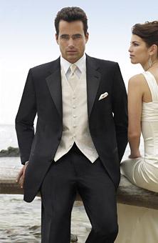 Naše představy - Oblečení pro ženicha :) Určitě černý smoking...