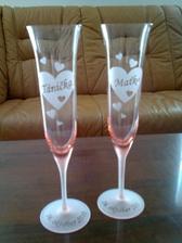 ...naše nádherné poháriky...vyberal ženích!,)