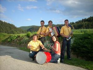 naša svadobná kapela - RONET (už sa teším na tancovačku :)