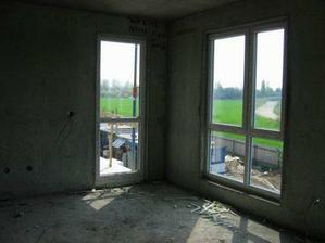 duben - i dveře na balkón