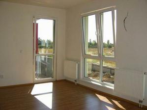 září (kolaudace) - balkón v obýváku
