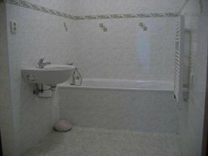září (kolaudace) - koupelna