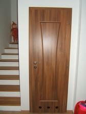 konečne vnútorné dvere kúpené - špajza