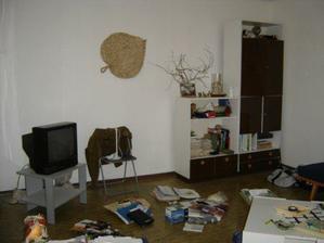 obývačka druhá stena