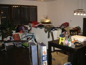 vysťahovaná spálňa v obývačke koľko čabrakov sa tam našlo