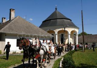 Svadobný sprievod