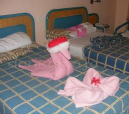 Každý deň sme si na posteli našli od upratovačky z poskladanej deky...