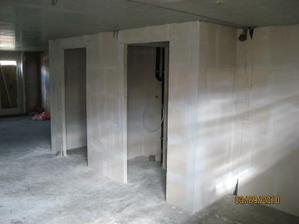 Budouci wc, vchod do chodby