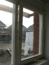 Detail okna v kuchyni