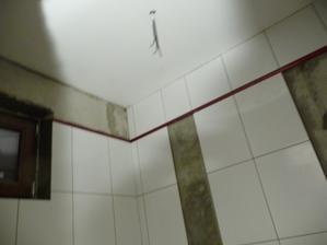 pride tam este mozaika cervena a na podlahu cervena dlazba