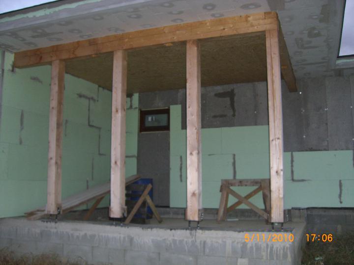 Nas domcek - to je garaz,no len ako pristresok