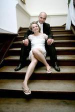 moje chanelky a úprimne najpohodlnejšia obuv - žabky vo farbaách svadby;)