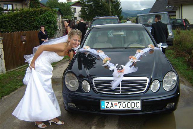 Anna Uhliariková{{_AND_}}Roman Hirner - auto, v ktorom som sa viezla ja