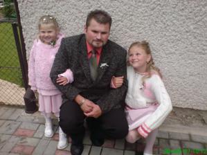 drůžičky s jejich tatínkem