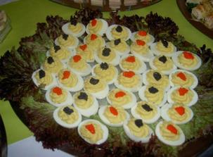 plněná vajíčka s kaviárem