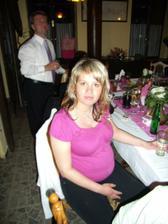 nejmenší svatebčan byl v ještě v bříšku. Za měsíc budu teta
