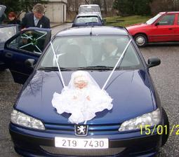 Takhle vypadalo auto nevěsty