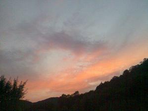 Takový máme výhled na západ slunce