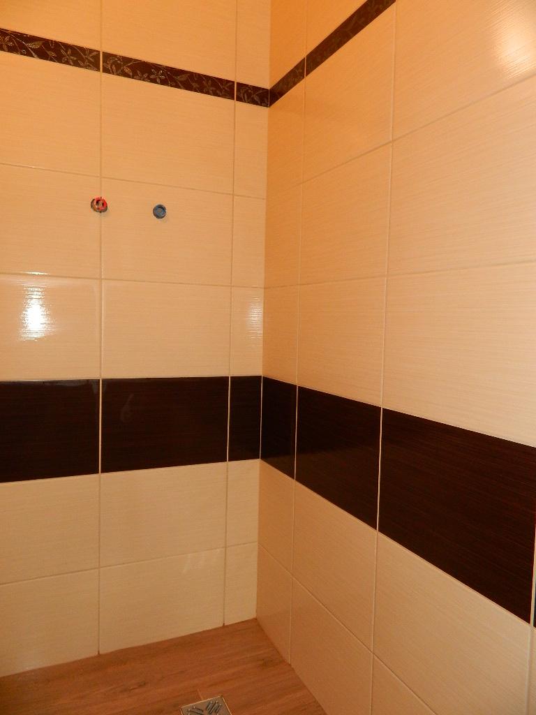 Naša kúpeľňa - Hosťovská kúpeľňa obklad