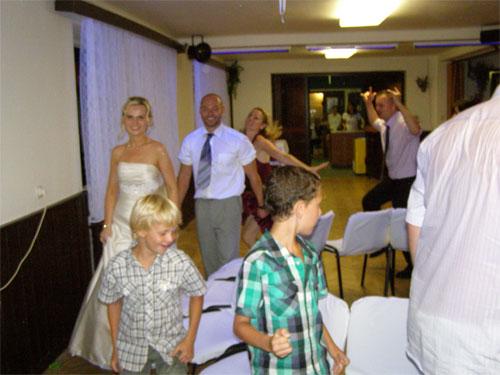 Úžasná svatba na Montelope - Radka a Radek - našel se i čas na oblíbené hry
