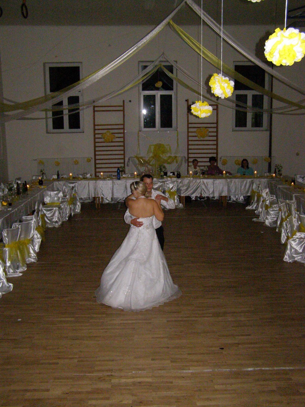 Svatba Verča a Zbyněk - poslední tanec večera opět patřil novomanželům