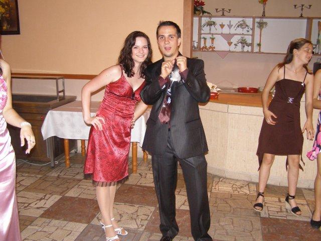 Bracek Janik s priatelkou Miskou