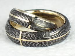 takéto prstene vyrobí Drahý :)