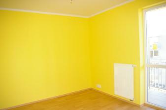 Nejdřív vymalovat..ložnice