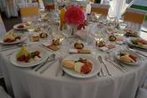 Svadobný stôl v partystane
