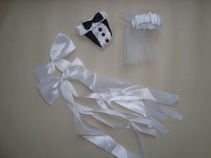 na sklenice pro nevěstu a ženicha.. mašličkama zaplním nějaké prázdné místo na hostině