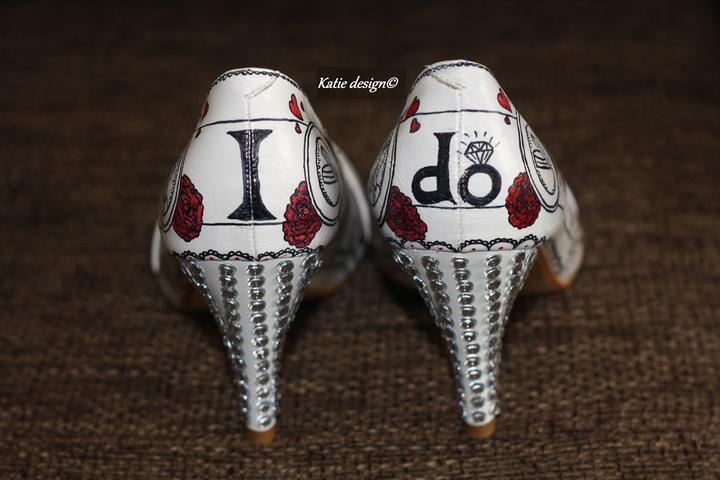 Svadobné a iné ručne maľované topánky - pre kamosku na svadbu, rucne malovane mnou :)