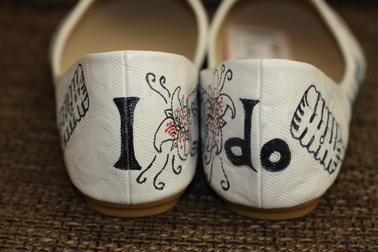 Svadobné a iné ručne maľované topánky - Obrázok č. 30
