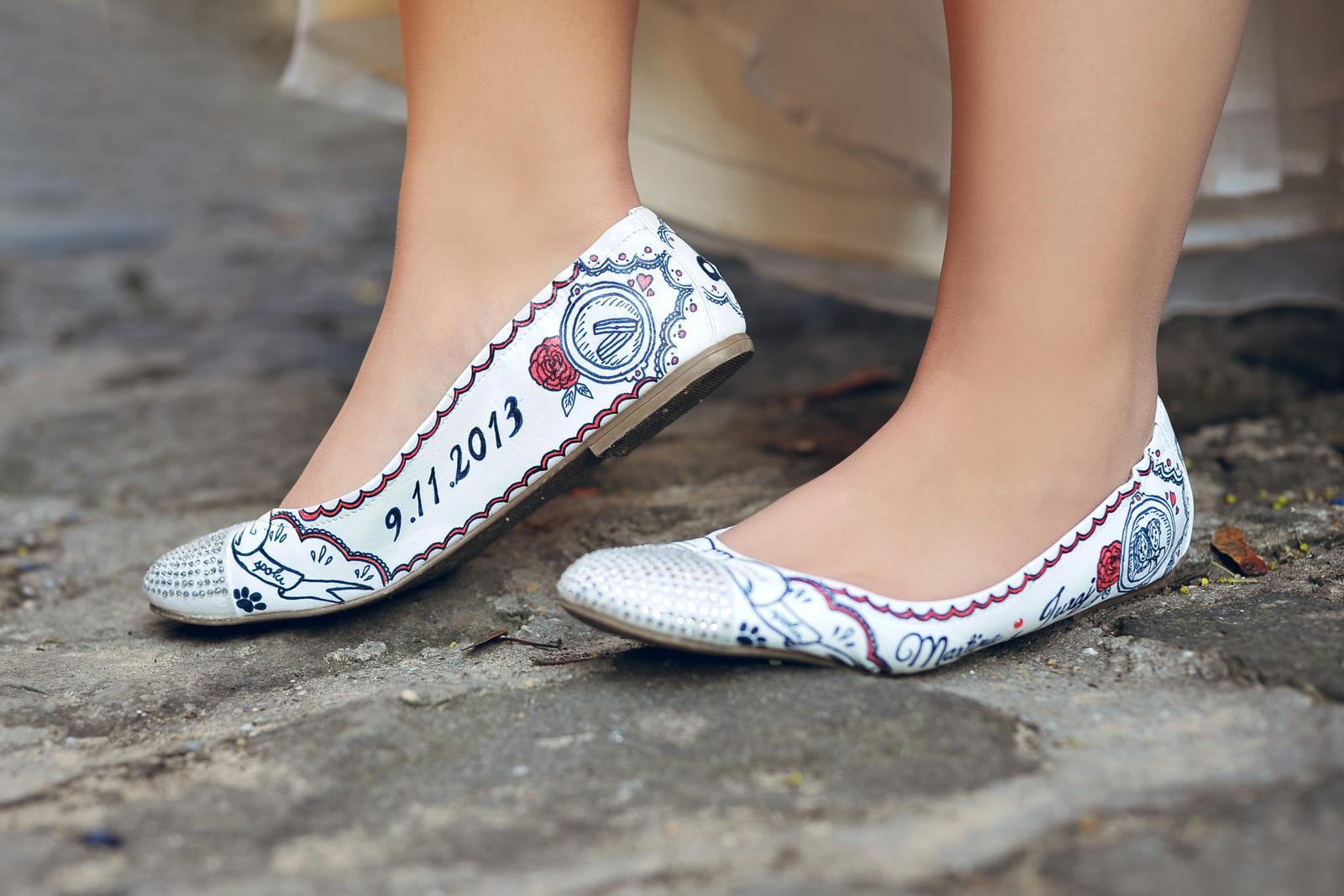 Svadobné a iné ručne maľované topánky - Obrázok č. 3