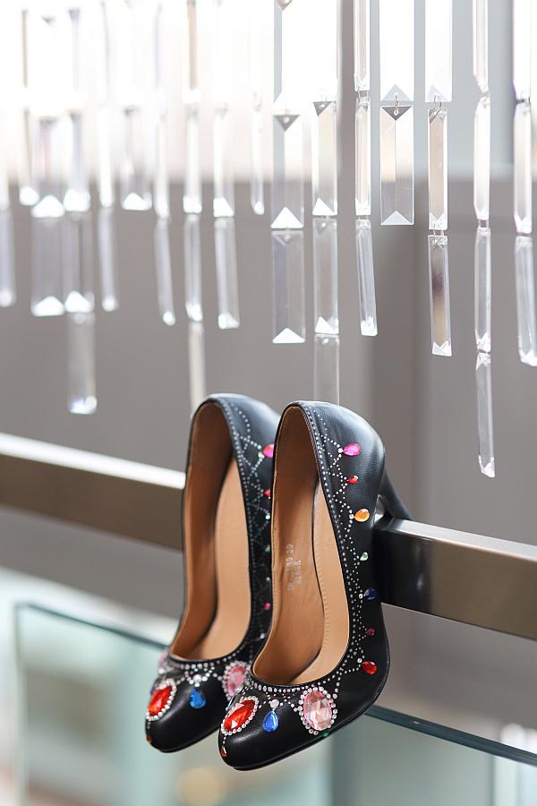 Svadobné a iné ručne maľované topánky - Obrázok č. 36