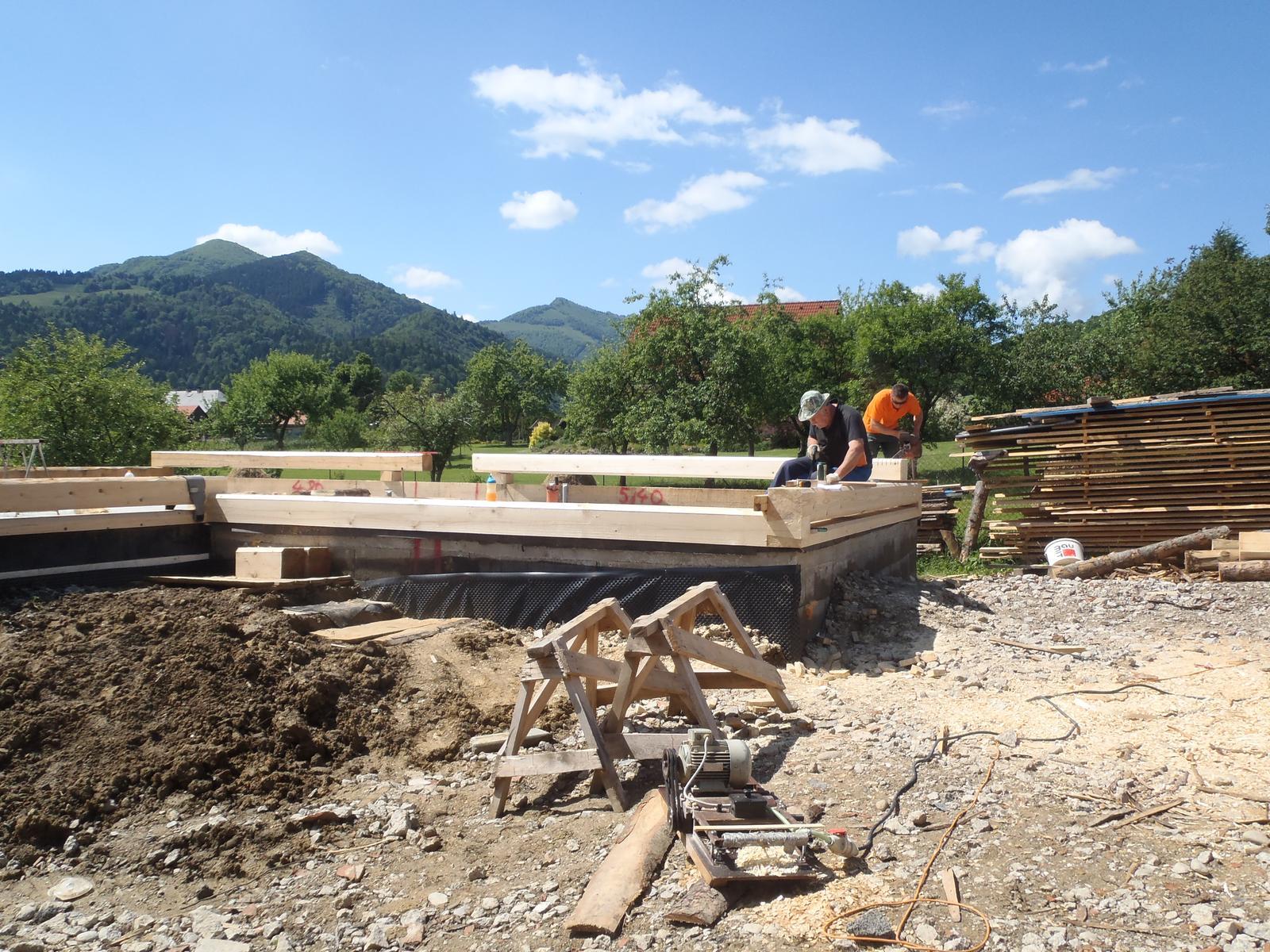 Náš veľký sen o drevenom domčeku! - Obrázok č. 35