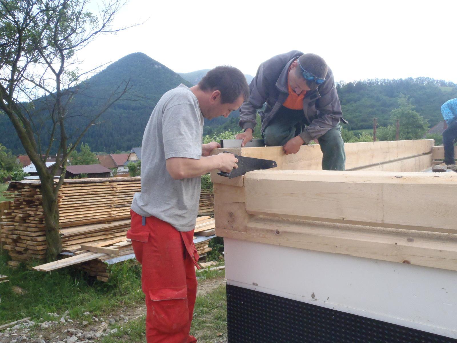 Náš veľký sen o drevenom domčeku! - Všetko musí sedieť na milimeter presne!