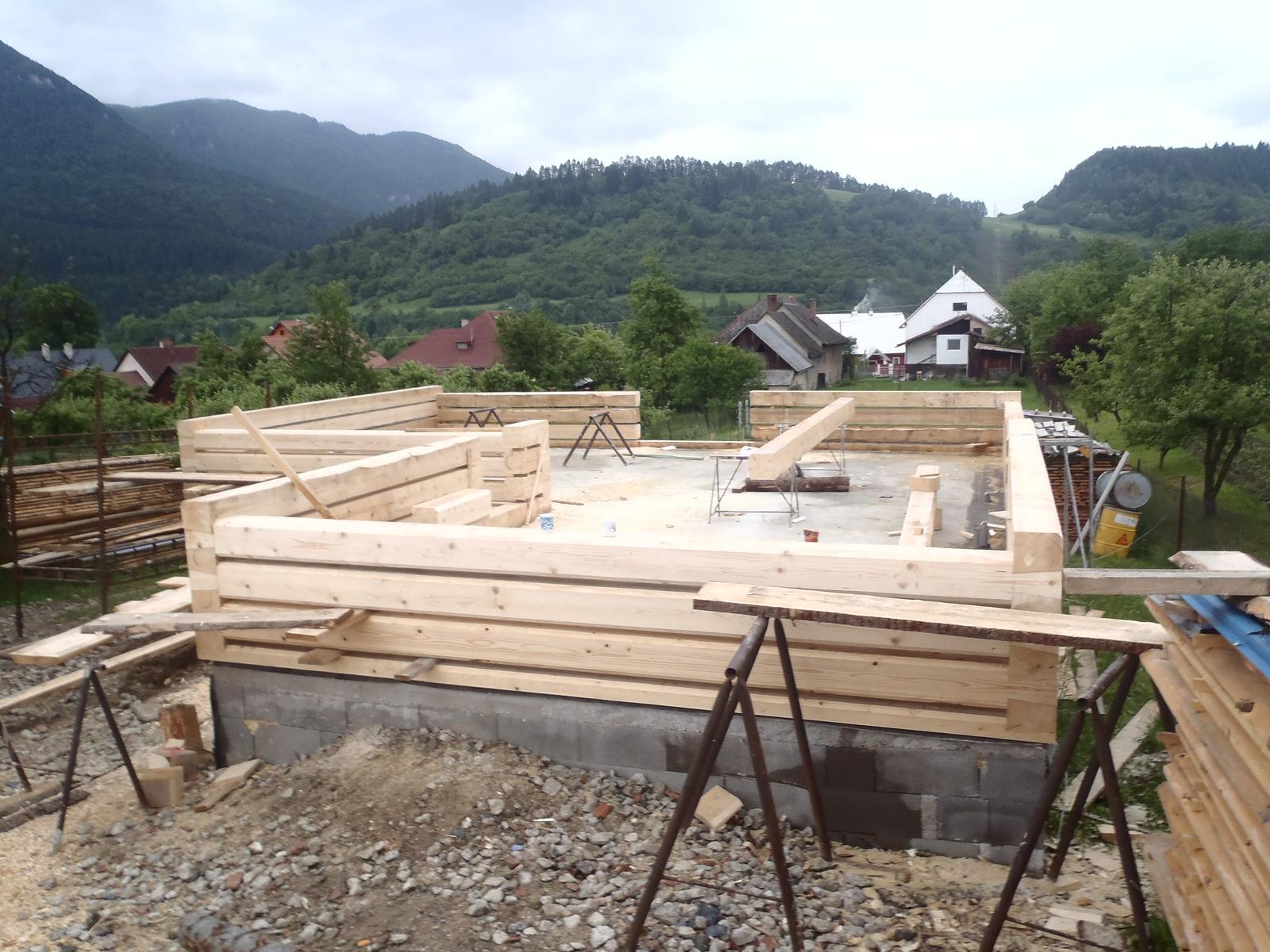 Náš veľký sen o drevenom domčeku! - Potroške rastie :-)