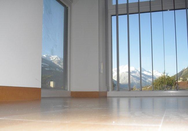 Dvere a soklové lišty zarovno so stenou - Obrázok č. 3