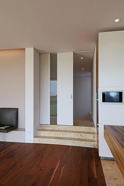 Dvere a zárubne zarovno so stenou - Obrázok č. 6