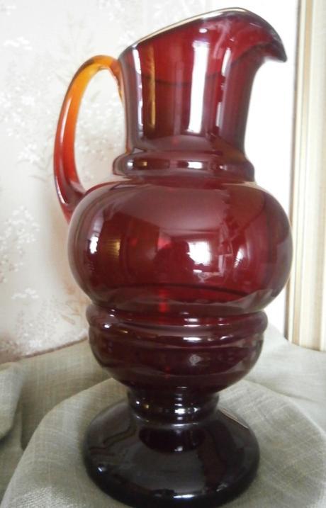 Velký červený džbán - Obrázek č. 1