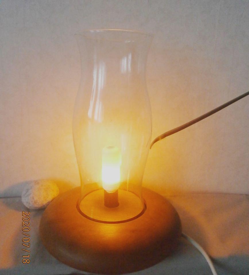 Stolní lampa - Obrázek č. 2
