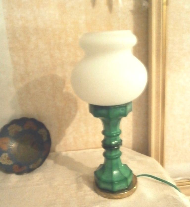 Starožitná stolní lampička - Obrázek č. 1