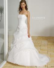 Takhle nějak by měli vypdat šaty pro nevěstu