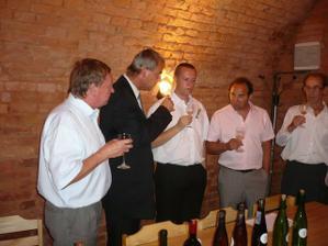 svatební košt vín a dalších dobrot