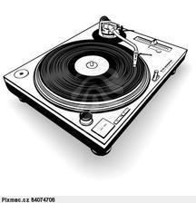 DJ a starejší Ondrej Dúcky