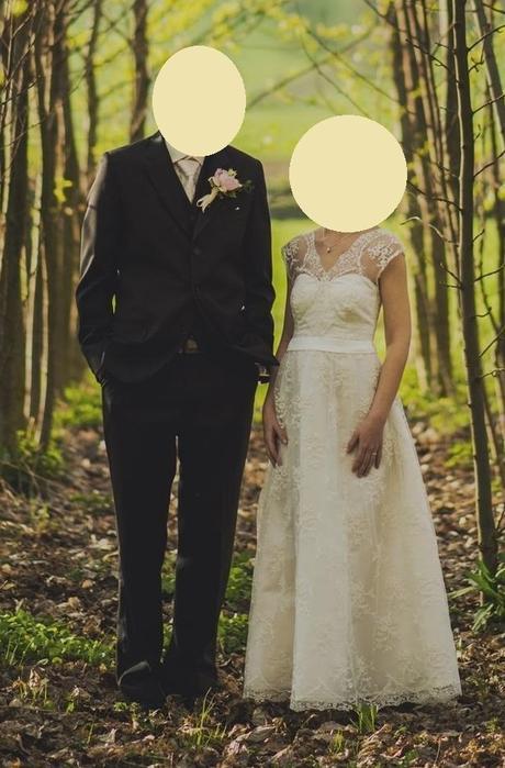Něžné krajkové svatební šaty, šité na míru - Obrázek č. 1
