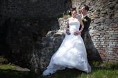 Svatební šaty na šněrovačku, 36
