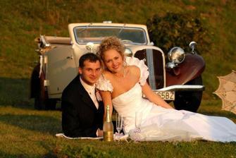Naše úžasné svadobné autíčko...